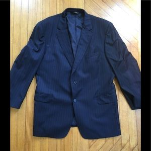 Jos A Bank Men's Navy blazer. Pinstripe. 46 R
